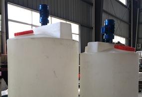 广西500L化工塑料加药箱