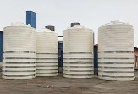 30吨大型PE塑料储罐